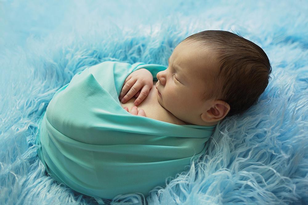 Mali srčki fotografiranje otrok in družin novorojenček 6
