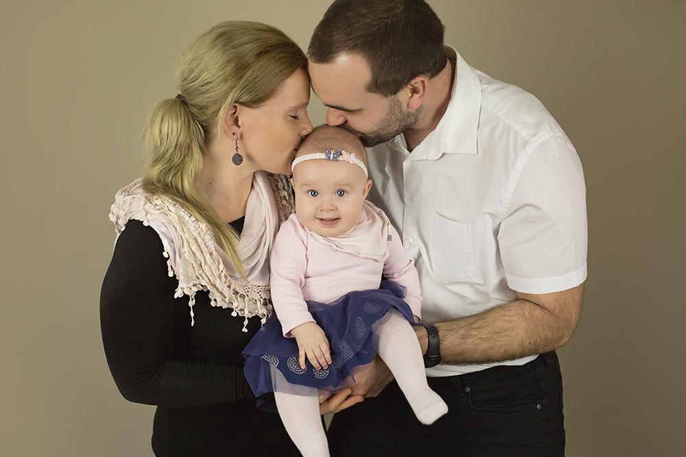 mali srčki - fotografiranje novorojenčkov družin in otrok - dojenčki 1