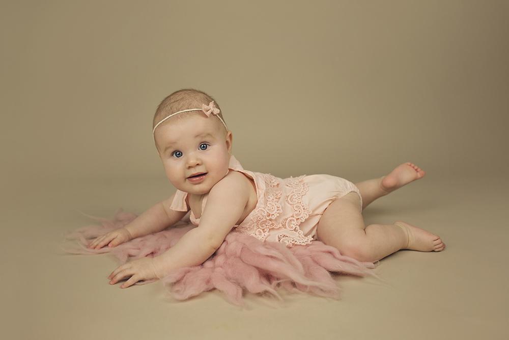 mali srčki - fotografiranje novorojenčkov družin in otrok - dojenčki 2