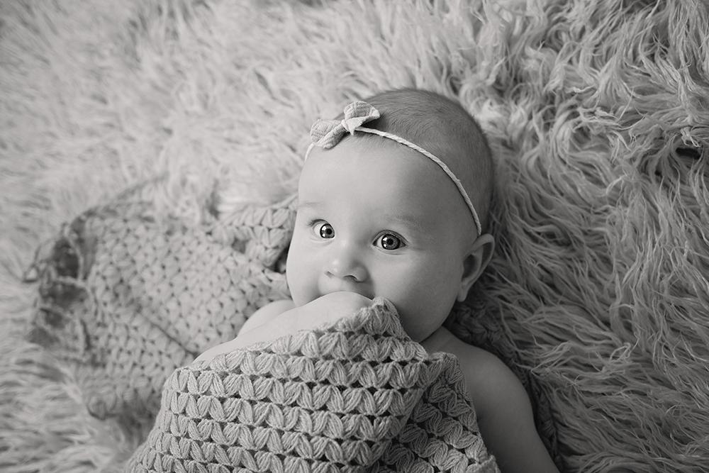 mali srčki - fotografiranje novorojenčkov družin in otrok - dojenčki 7
