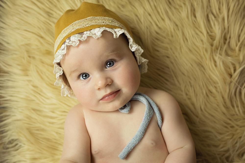 mali srčki - fotografiranje novorojenčkov družin in otrok - dojenčki 9
