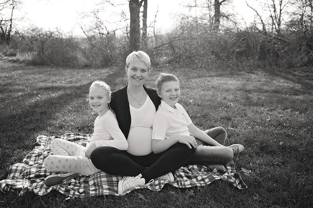 Mali srčki - fotografiranje družin, dojenčkov in otrok - nosečniško fotografiranje 8