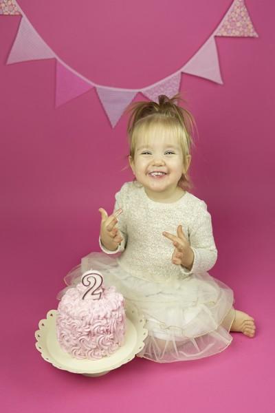 mali srčki-cake smash-rojstno dnevno fotografiranje1