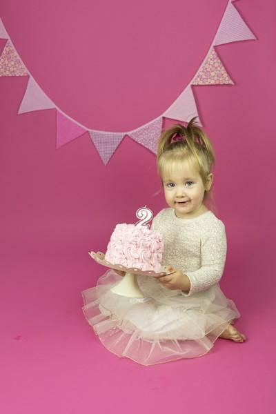 mali srčki-cake smash-rojstno dnevno fotografiranje2