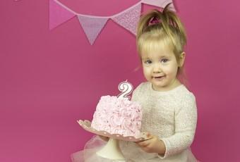 mali srčki-cake smash-rojstno dnevno fotografiranje6